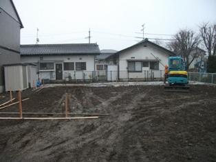 広丘吉田PreSSo ~工事始まりました。_e0180332_18435194.jpg