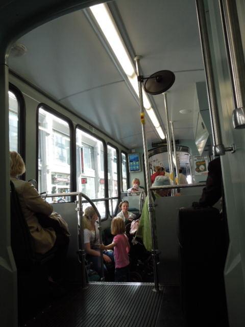 ヘルシンキ市電の光と影 「光」編_f0189467_00014182.jpg