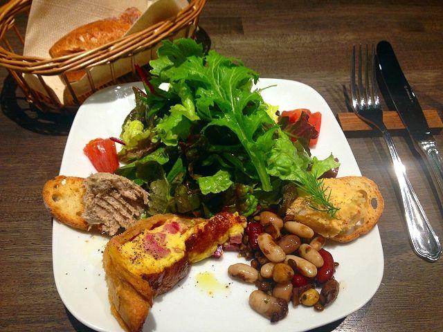 ベビーシートのあるフランス料理店・アヴォロンテさん_a0277483_22585176.jpg
