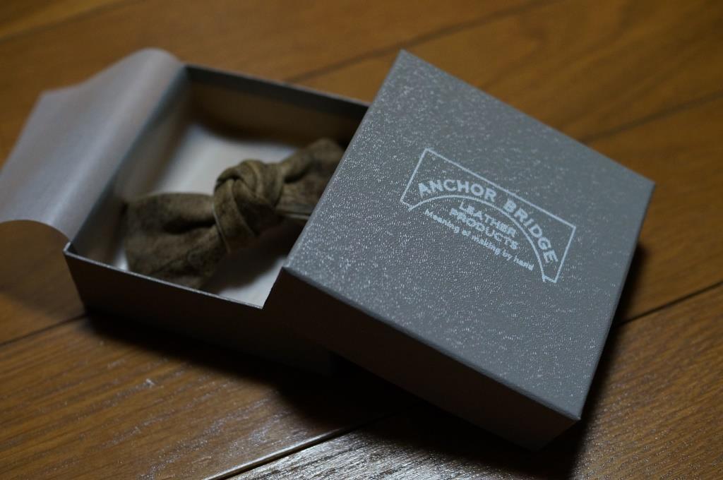 革製の蝶ネクタイ_d0166598_104162.jpg