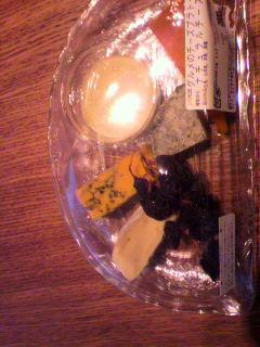 やっぱり臭いチーズが好きだ。_d0096499_1129360.jpg