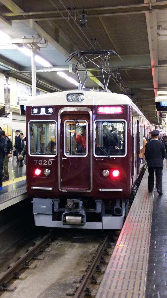 阪急7020F 通勤特急運用!_d0202264_19301721.jpg