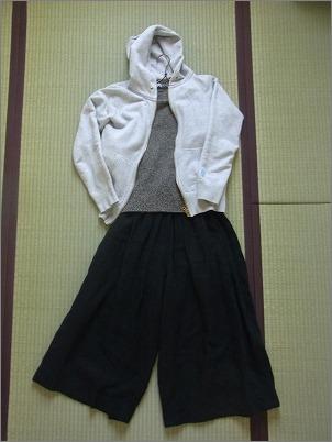 【 新しい服を買ったらすること 】_c0199166_23163070.jpg
