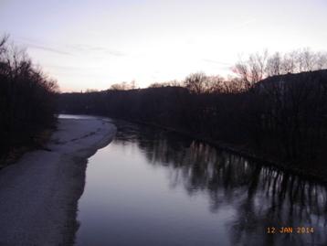 冬のイザール川_e0195766_802786.jpg