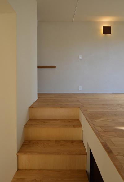 見せ場としない階段_b0183404_22433786.jpg