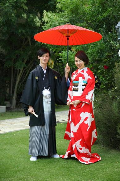 ご婚礼の晴れやかな日を祝う赤がお似合いです_b0098077_13321168.jpg