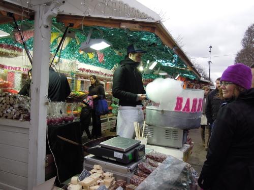 パリのクリスマスマーケット_c0247818_22213223.jpg