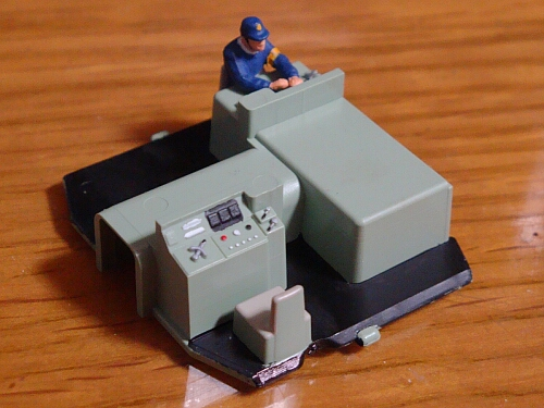 DCCサウンドに華を添える小加工:カトーDE10 JR貨物更新色_f0037227_23271887.jpg