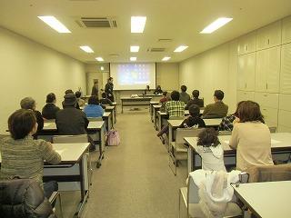 関市立図書館でコマ体験!_a0272042_19202064.jpg