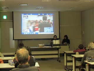 関市立図書館でコマ体験!_a0272042_19242090.jpg