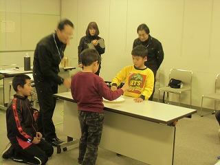関市立図書館でコマ体験!_a0272042_19411467.jpg