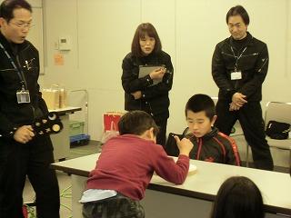関市立図書館でコマ体験!_a0272042_1941429.jpg