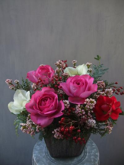 オークリーフ(薔薇とアネモネのアレンジメント)_f0049672_16431886.jpg