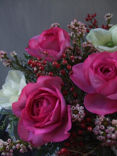 オークリーフ(薔薇とアネモネのアレンジメント)_f0049672_16433039.jpg