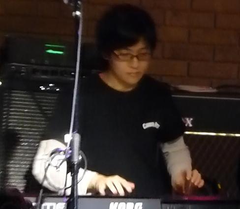 2013年・カラフル年末ライブ、2日目のライブレポpart1★_e0188087_1254553.jpg