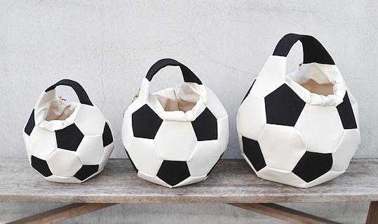 サッカーボールバッグ入荷のおしらせ。_d0193211_20362774.jpg