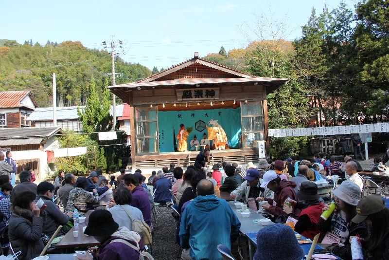 日本神話の旅 【須佐神社】_c0011649_1242362.jpg