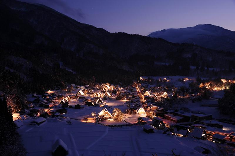 2014年開催の「第28回白川郷ライトアップ」日程について_d0328255_10481878.jpg