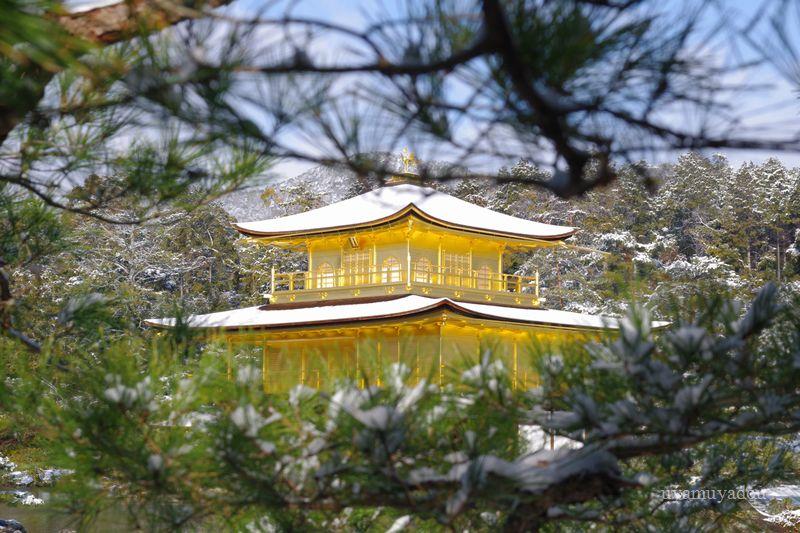 京都・冬の時・雪の金閣寺_a0157263_15221762.jpg
