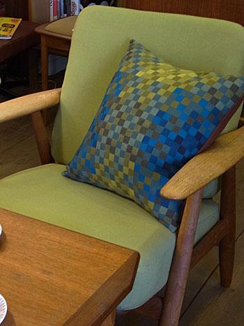 cushion & fabric panel_c0139773_1723095.jpg