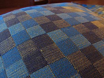 cushion & fabric panel_c0139773_1731438.jpg