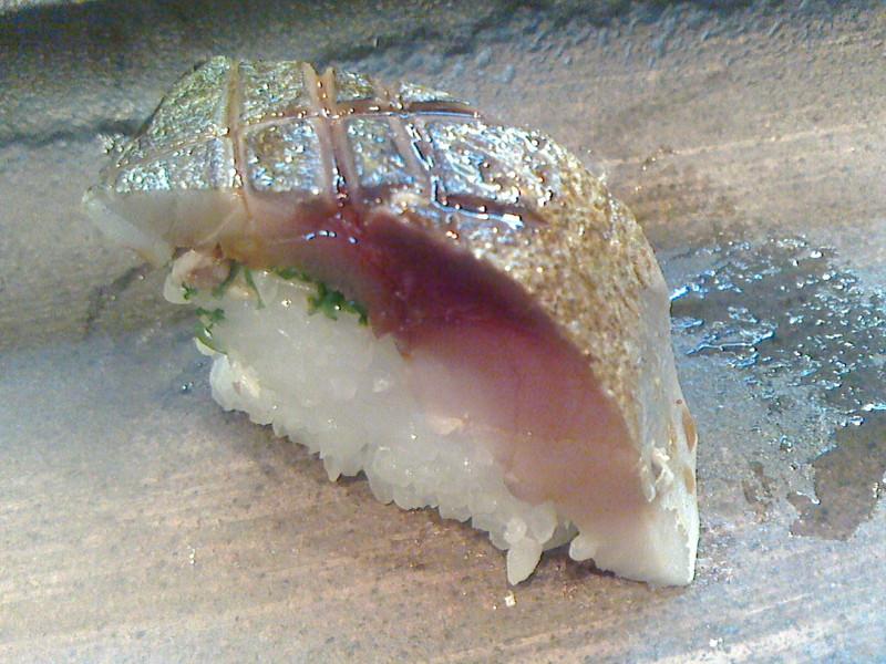 千葉でとても美味しいお寿司をお腹いっぱいいただきました。_c0225997_11272134.jpg