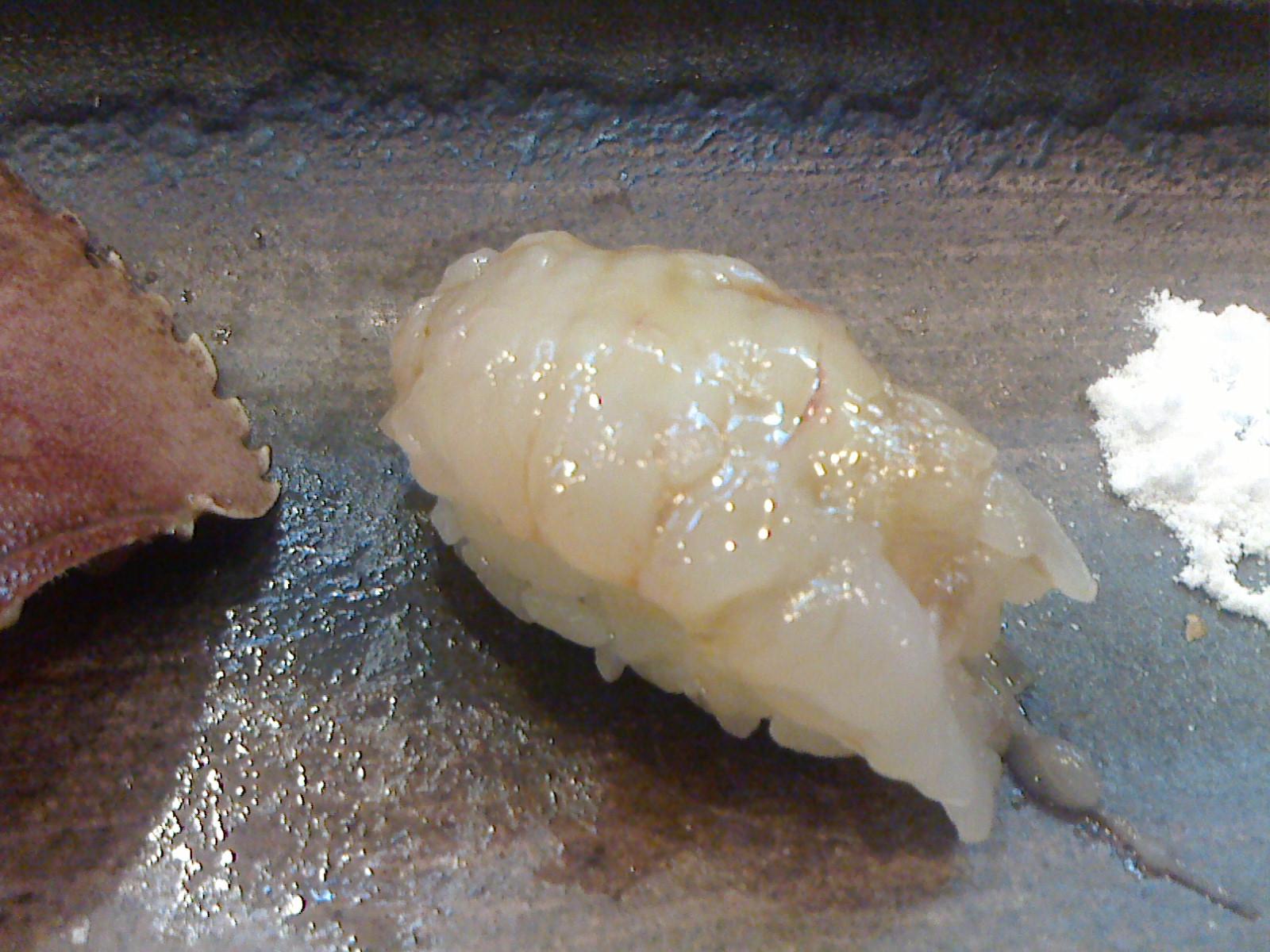 千葉でとても美味しいお寿司をお腹いっぱいいただきました。_c0225997_11411355.jpg