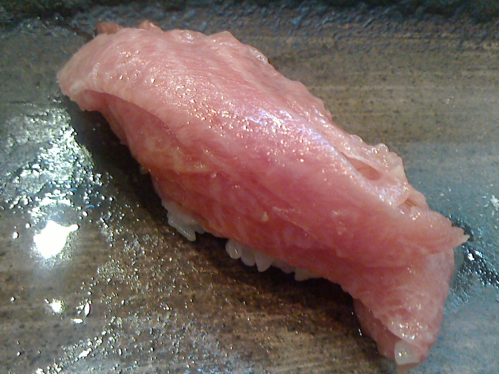 千葉でとても美味しいお寿司をお腹いっぱいいただきました。_c0225997_1143522.jpg