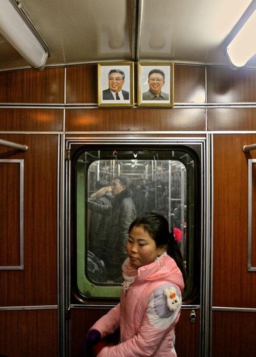 北朝鮮高句麗ビジネスを仕切るものはだれか?:謎の英国ビジネスマン、サイモン・コッカレル!?_e0171614_9202884.jpg