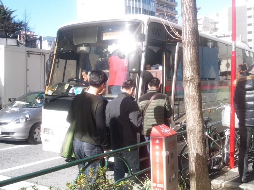 靖国参拝は中国訪日客に影響を与えるか(ツアーバス路駐台数調査 2014年1月)_b0235153_1747530.jpg