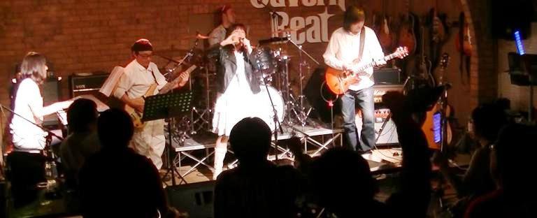 2013年・カラフル年末ライブ、2日目のライブレポpart2♪_e0188087_2391073.jpg