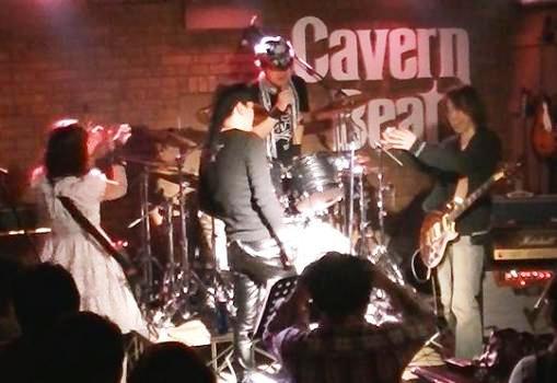 2013年・カラフル年末ライブ、2日目のライブレポpart2♪_e0188087_3134938.jpg