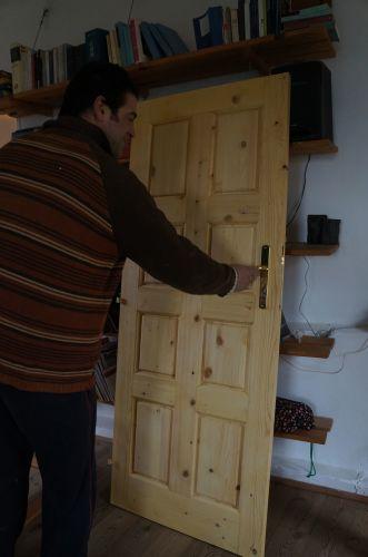 10年経ってやっとドア〜我が家の家造り_f0106597_00221564.jpg