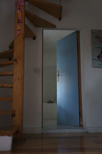 10年経ってやっとドア〜我が家の家造り_f0106597_00365570.jpg