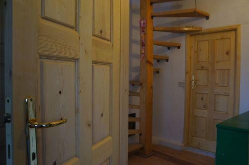 10年経ってやっとドア〜我が家の家造り_f0106597_00454685.jpg