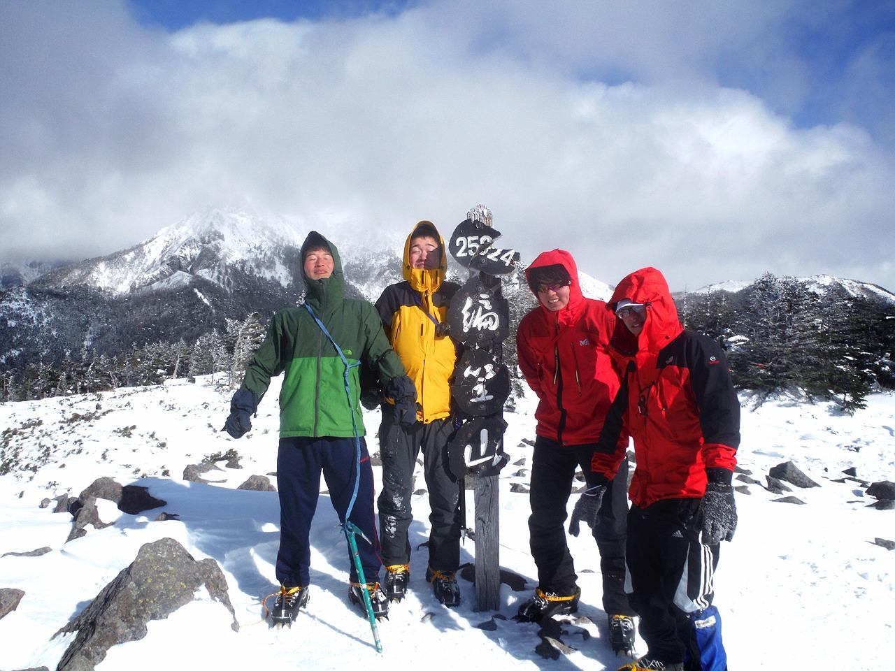 冬の八ヶ岳にSACが集う【八ヶ岳キレット縦走】_d0237801_024955.jpg