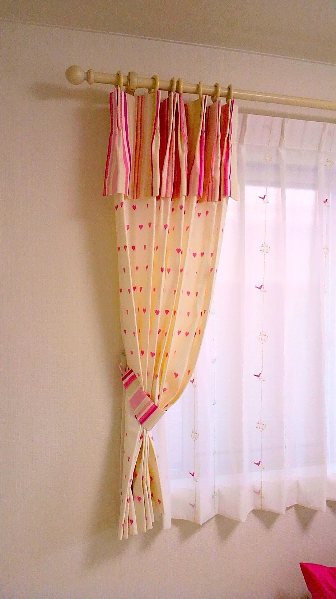 子供部屋のカーテンスタイル_c0157866_15503613.jpg