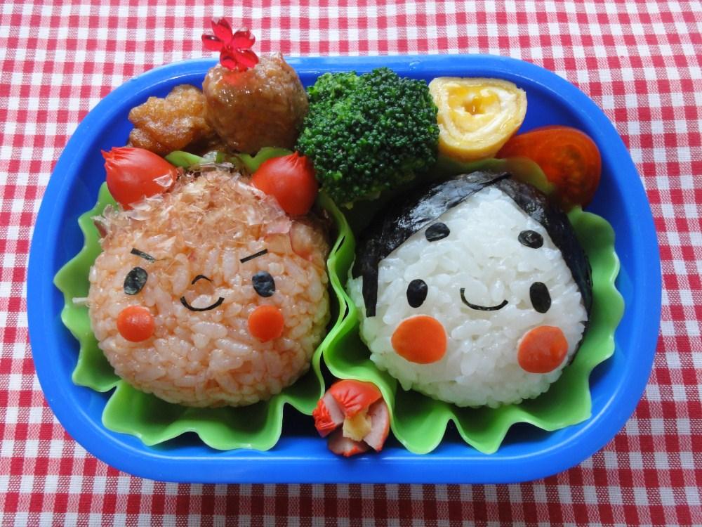 2月は「節分」。お弁当に赤鬼とおかめが登場すれば、泣き虫も笑顔に!