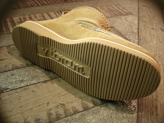 "NEW : RUSSELL MOCCASIN CO.[Premier Walking] & [Knock-A-Bout Boot with Strap] ""Laramie Suede\"" !!_a0132147_22472426.jpg"