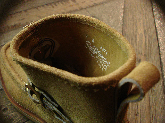 "NEW : RUSSELL MOCCASIN CO.[Premier Walking] & [Knock-A-Bout Boot with Strap] ""Laramie Suede\"" !!_a0132147_2248313.jpg"