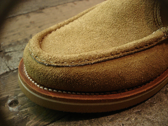 "NEW : RUSSELL MOCCASIN CO.[Premier Walking] & [Knock-A-Bout Boot with Strap] ""Laramie Suede\"" !!_a0132147_22484441.jpg"