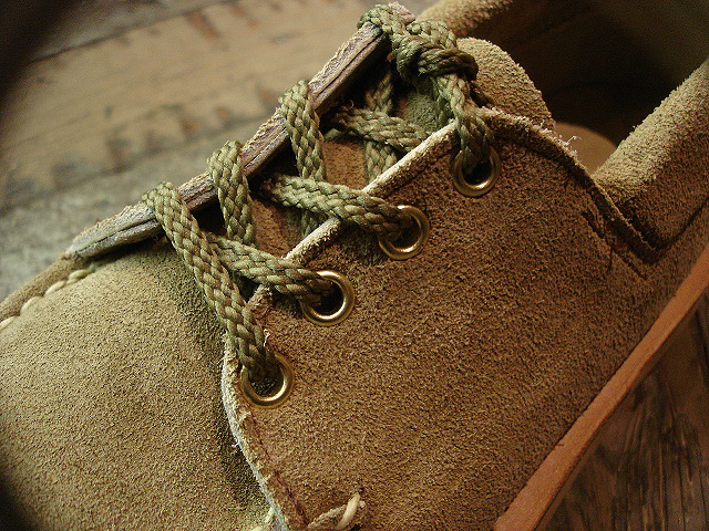 "NEW : RUSSELL MOCCASIN CO.[Premier Walking] & [Knock-A-Bout Boot with Strap] ""Laramie Suede\"" !!_a0132147_22503312.jpg"