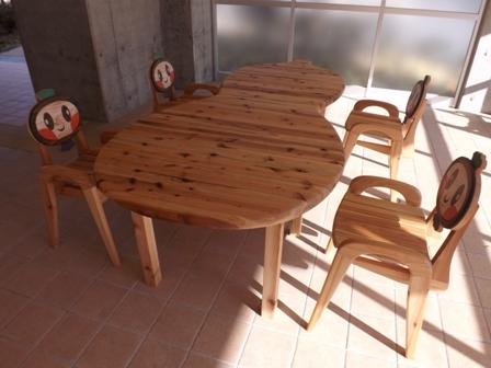 ひょうたんテーブルと 椅子 納品_f0206159_1934398.jpg