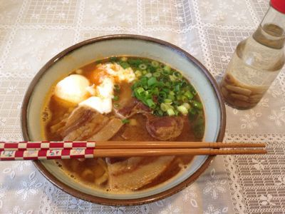 沖縄そば♪( ´▽`)_e0261276_214949100.jpg