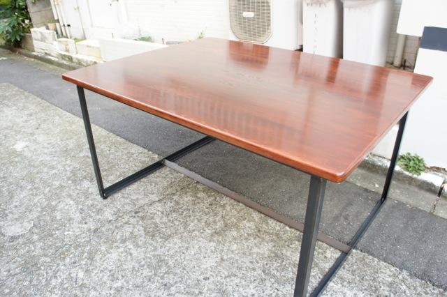 「鉄脚テーブル Lアングルタイプ」_f0192906_18575098.jpg