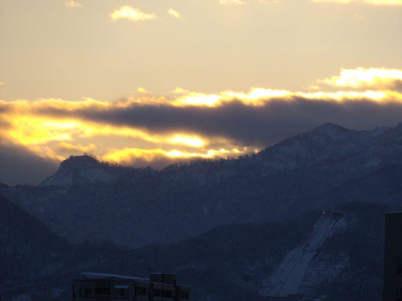 札幌は16日ぶりの真冬日脱出_c0025115_19535354.jpg