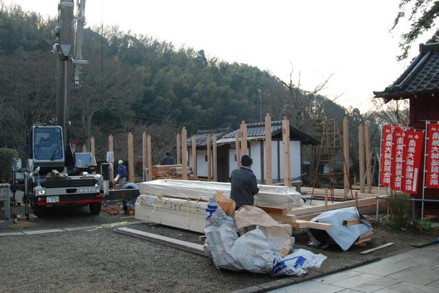 観音堂建立事業進捗状況_b0110585_15202166.jpg