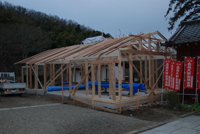 観音堂建立事業進捗状況_b0110585_15204421.jpg