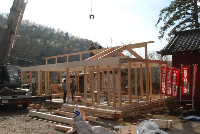 観音堂建立事業進捗状況_b0110585_15304474.jpg