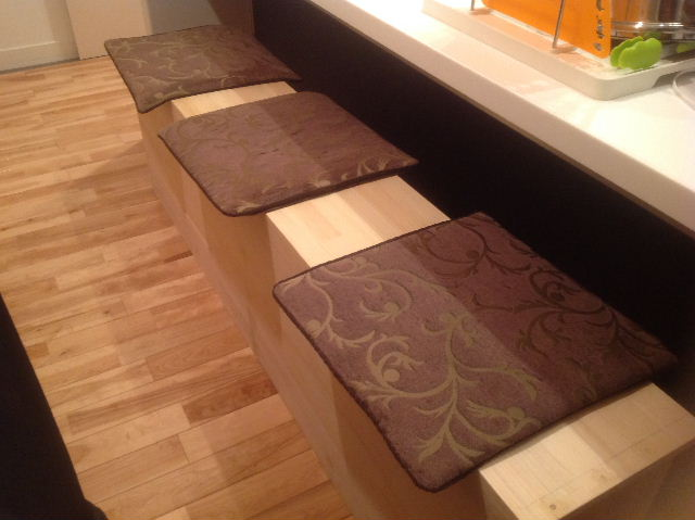 チラシ準備と木工教室準備_f0031037_2112838.jpg